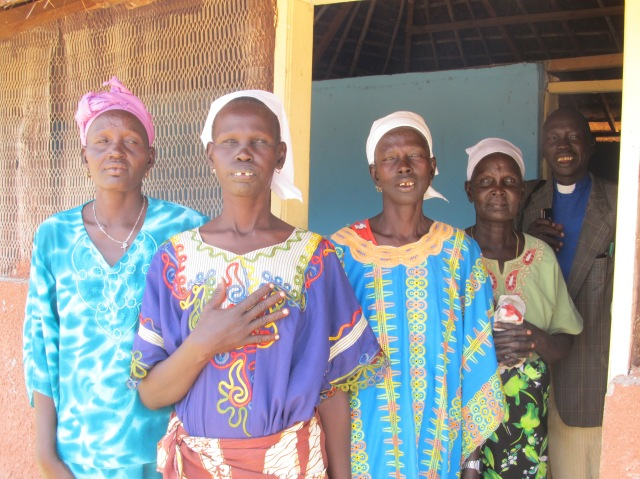 Women at the Anglican church in Baidit payam, April 2013